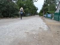 Картинки по запросу Поточний ремонт доріг білим щебенем